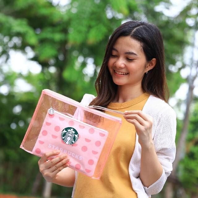 Starbucks Coffee(スターバックスコーヒー)の【非売品】スタバ ビニールポーチ レディースのファッション小物(ポーチ)の商品写真