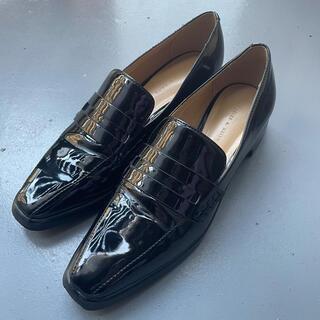 チャールズアンドキース(Charles and Keith)のチャールズアンドキース Charls&Keith  クラシックヒール ローファー(ローファー/革靴)