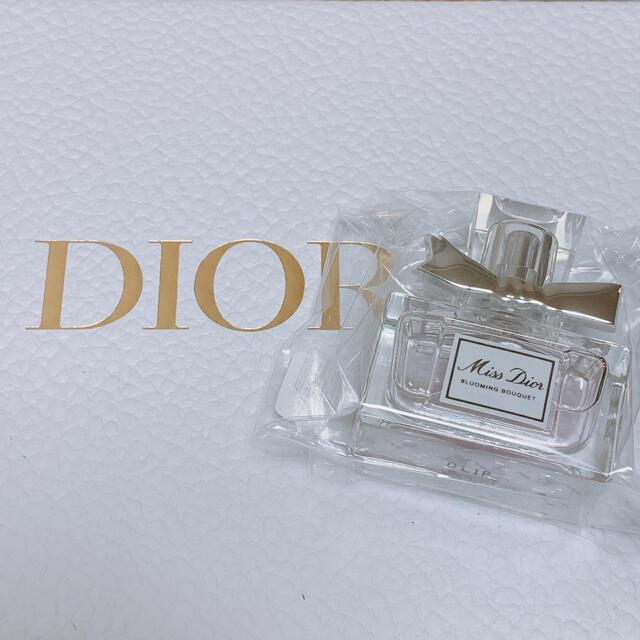 Dior(ディオール)のミスディオール ブルーミングブーケ 7.5ml ミニボトル コスメ/美容の香水(香水(女性用))の商品写真