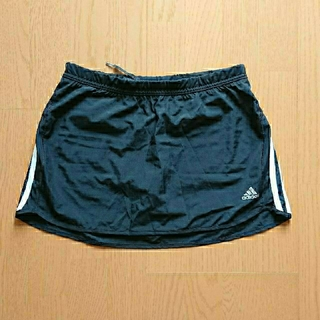 adidas - adidas レディーステニススコート黒(インナースパッツ付) LL