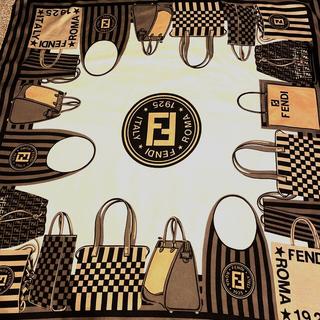 FENDI - 極美 フェンディ  シルクスカーフ many bag series