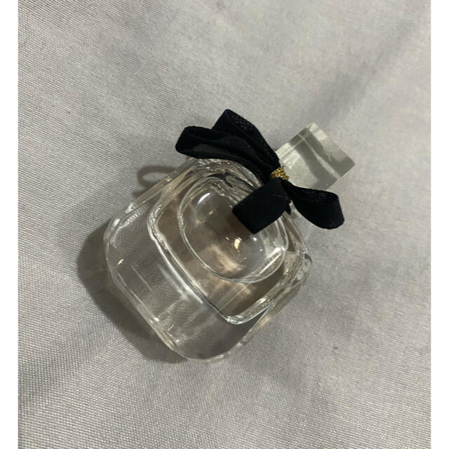 Yves Saint Laurent Beaute(イヴサンローランボーテ)のモンパリ 7.5ml 新品未使用 コスメ/美容の香水(香水(女性用))の商品写真