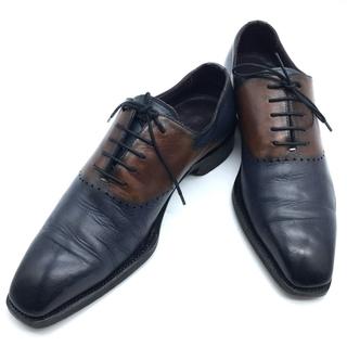 ベルルッティ(Berluti)のベルルッティ パンチングデザイン ツートーン パティーヌ 高級レザー革靴 メンズ(ドレス/ビジネス)