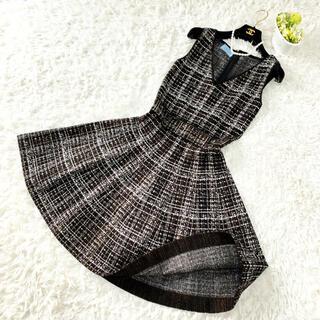 PRADA - 極美品 PRADA プラダ ニット 刺繍 肉厚 フレアライン ワンピース ドレス