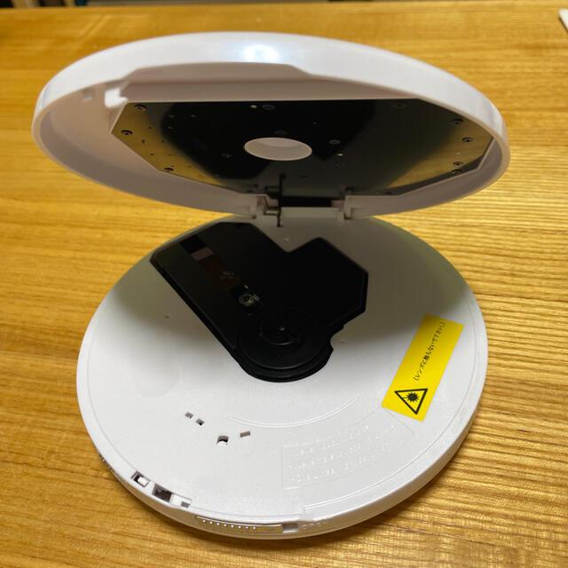 オーム電機(オームデンキ)のポータブルCDプレーヤー CDP330M スマホ/家電/カメラのオーディオ機器(ポータブルプレーヤー)の商品写真