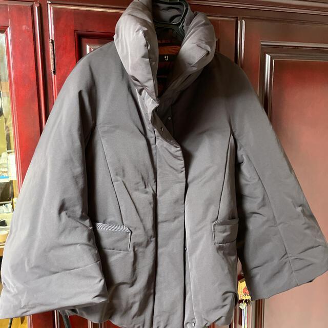 UNIQLO(ユニクロ)のユニクロ J ハイブリッドダウンジャケット レディースのジャケット/アウター(ダウンジャケット)の商品写真