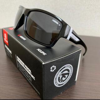新品未使用♪kdeam最新偏光レンズサングラス ブラックレンズ 即購入可!