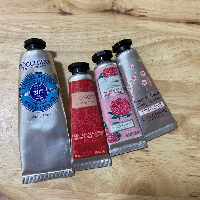 L'OCCITANE(ロクシタン)のロクシタン ハンドクリーム 4種 コスメ/美容のボディケア(ハンドクリーム)の商品写真