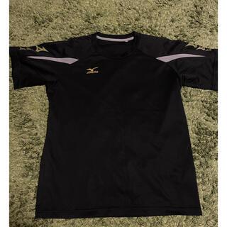 ミズノ(MIZUNO)のミズノ 黒金 Tシャツ Mサイズ(ウェア)