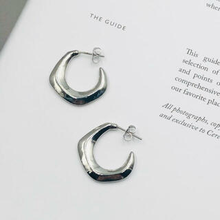 ZARA - 013◇ ぷっくり デザイン フープ ピアス シルバー 韓国 人気