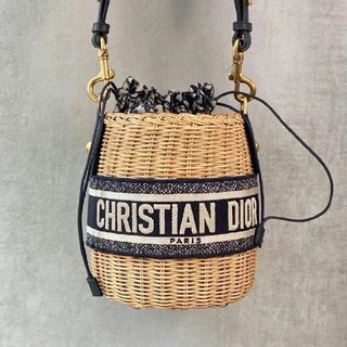 クリスチャンディオール(Christian Dior)のDIOR ディオール 大人気 カゴバッグ(ショルダーバッグ)