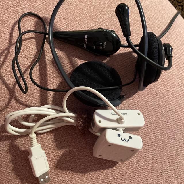 ELECOM(エレコム)のELECOM WEBカメラ UCAM-CO220FE ヘッドセット マイク  スマホ/家電/カメラのPC/タブレット(PC周辺機器)の商品写真