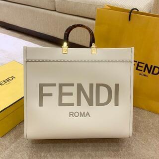 フェンディ(FENDI)の【超美品】フェンディ FENDI トートバッグ(トートバッグ)