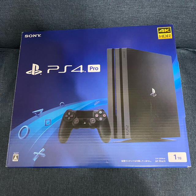 PlayStation4(プレイステーション4)のPlayStation4 Pro 本体 CUH-7200BB01 容量1TB エンタメ/ホビーのゲームソフト/ゲーム機本体(家庭用ゲーム機本体)の商品写真