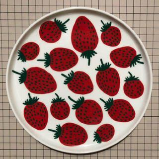 マリメッコ(marimekko)のマリメッコ いちご皿(食器)