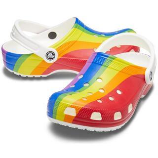 クロックス(crocs)の25cm クロックス クラシック レインボー ストライプド クロッグ レインボー(サンダル)