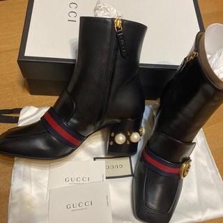 Gucci - Gucci パールブーツ 新品