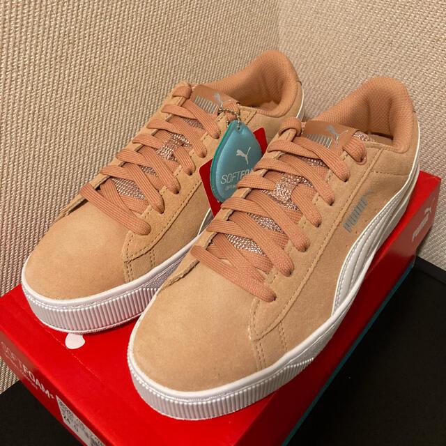 PUMA(プーマ)の⭐️新品⭐️  PUMA VIKKY PLATFORM コーラル 24cm レディースの靴/シューズ(スニーカー)の商品写真