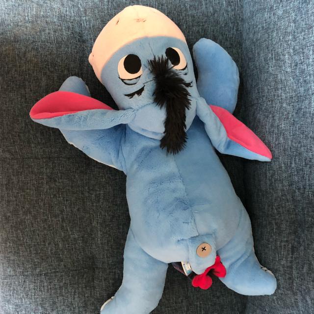Disney(ディズニー)の新品 イーヨー ぬいぐるみ 寝そべり プーさん ディズニー big ビックサイズ エンタメ/ホビーのおもちゃ/ぬいぐるみ(ぬいぐるみ)の商品写真