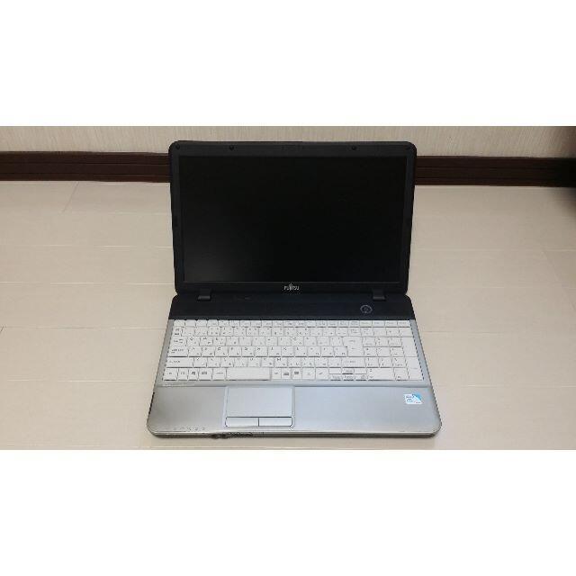 富士通(フジツウ)のパソコン 227 スマホ/家電/カメラのPC/タブレット(ノートPC)の商品写真