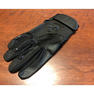アンダーアーマー(UNDER ARMOUR)のアンダーアーマー バッティンググローブ 手袋 SM(22-23)ブラック 右手(グローブ)