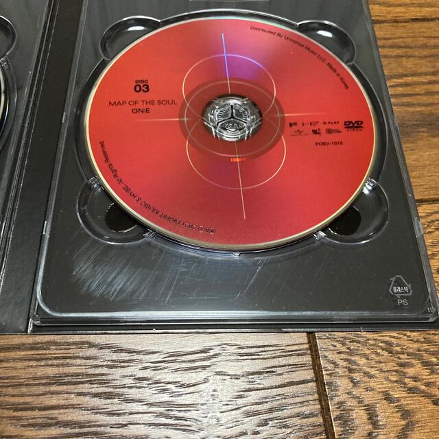 防弾少年団(BTS)(ボウダンショウネンダン)のBTS MAP OF THE SOUL ON:E DVDのみ エンタメ/ホビーのDVD/ブルーレイ(ミュージック)の商品写真