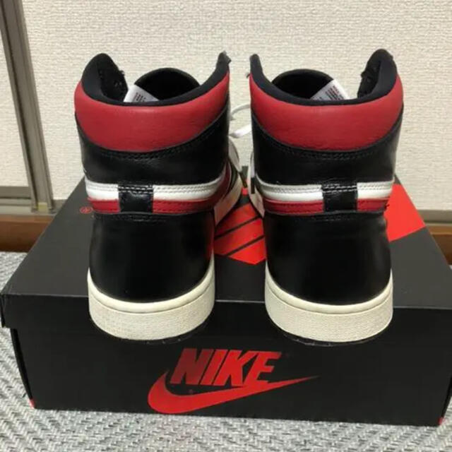 NIKE(ナイキ)のNIKE AIR JORDAN 1 RETRO HIGH  GYM RED メンズの靴/シューズ(スニーカー)の商品写真
