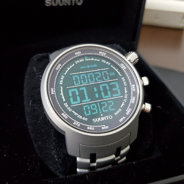 SUUNTO(スント)の☆10/31まで限定値下げ☆【美品】SUUNTO ELEMENTUM TERRA メンズの時計(腕時計(デジタル))の商品写真