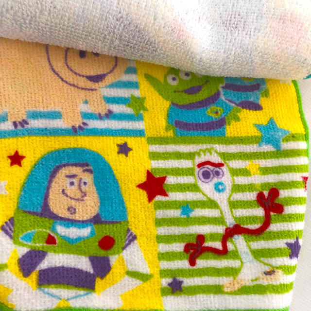 トイストーリー ハンドタオル 5枚 エンタメ/ホビーのおもちゃ/ぬいぐるみ(キャラクターグッズ)の商品写真
