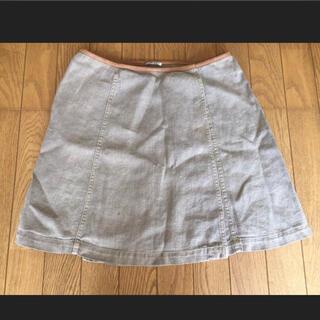 ミュウミュウ(miumiu)のイタリア製 MIU MIU スカート (ひざ丈スカート)