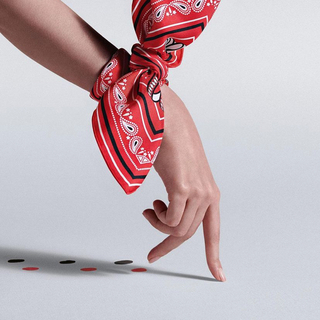 Hermes - ✨国内定価以下✨エルメス スカーフリング ゴールド 新品未使用