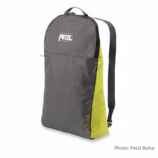 ペツル(PETZL)の新品 未使用 PETZL BOLSA ロープバッグ(登山用品)
