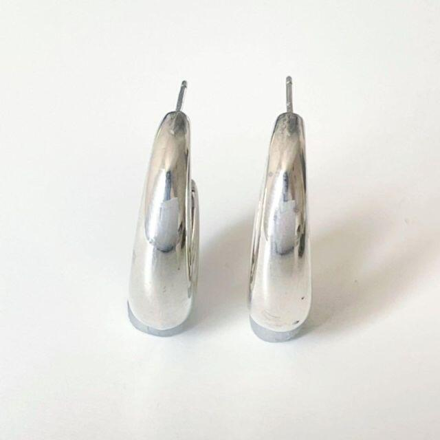 Tiffany & Co.(ティファニー)の【人気】ティファニー ピアス ハーフフープ SV925 シルバー Q18 レディースのアクセサリー(ピアス)の商品写真