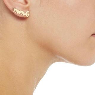 エムエムシックス(MM6)の【新品】 MM6 ロゴ スタッズ イヤリング gold 片耳 ¥18,700(ピアス)