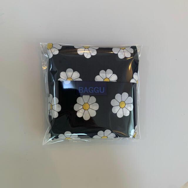 baggu standardのblack daisy エコバック 新品未使用品  レディースのバッグ(エコバッグ)の商品写真