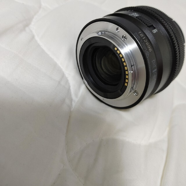 SONY 40mm F2.5G SEL40F25G スマホ/家電/カメラのカメラ(レンズ(単焦点))の商品写真
