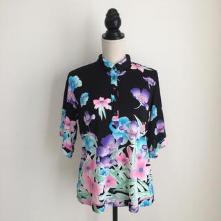 LEONARD - 美品 レオナール  LEONARD 美しい花柄 トップス Tシャツ