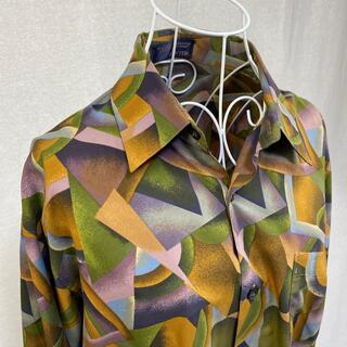 ハンター(HUNTER)の☆人気の総柄シャツ☆ HUNTER 秋から冬にかけてピッタリな色の長袖シャツ(シャツ)