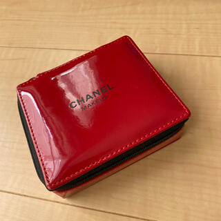 CHANEL - CHANEL ノベルティコスメポーチ 非売品 赤 RED