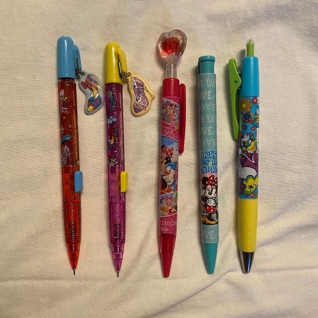 Disney(ディズニー)のディズニー シャープペン、ボールペン5本セット エンタメ/ホビーのおもちゃ/ぬいぐるみ(キャラクターグッズ)の商品写真