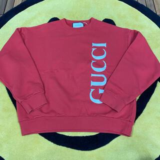 グッチ(Gucci)のgucci クルーネック スウェット 縦ロゴ(スウェット)