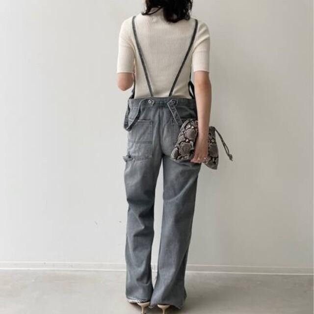 L'Appartement DEUXIEME CLASSE(アパルトモンドゥーズィエムクラス)のデニムオーバーオール レディースのパンツ(サロペット/オーバーオール)の商品写真
