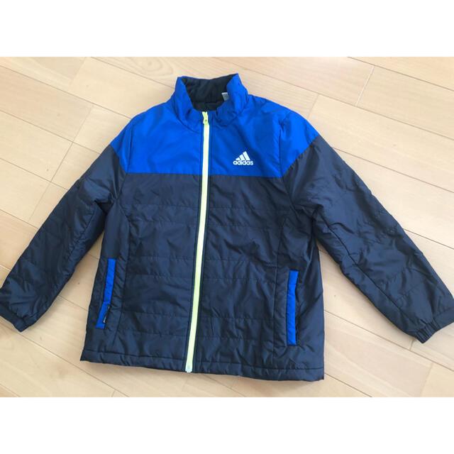 adidas(アディダス)のadidas アディダス ジャンパー 上着 130㎝ キッズ/ベビー/マタニティのキッズ服男の子用(90cm~)(ジャケット/上着)の商品写真