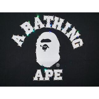 A BATHING APE - ★美品★ APE スワロフスキー ラインストーン カレッジ ロゴ Tシャツ XL