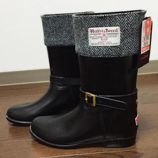 シマムラ(しまむら)の【新品】ハリスツイード✖️しまむら レインブーツ ミドル丈 ブラック Mサイズ(レインブーツ/長靴)