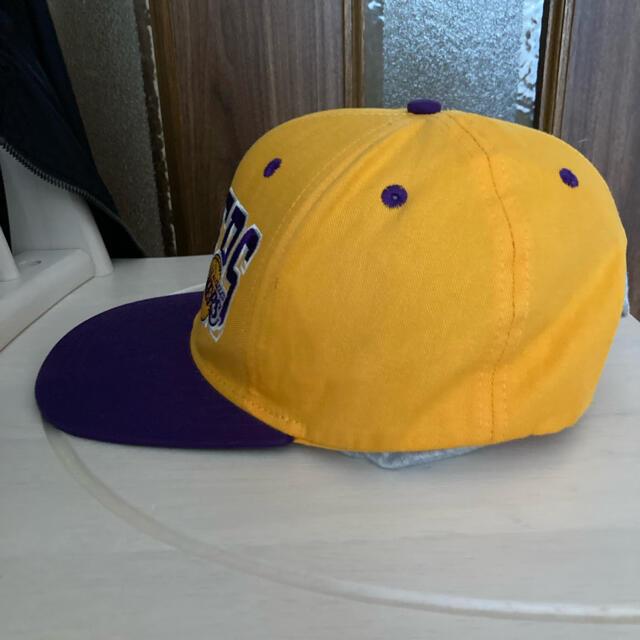 adidas(アディダス)のアディダス スポーツ キャップ レイカーズ NBA LA コービー イエロー メンズの帽子(キャップ)の商品写真