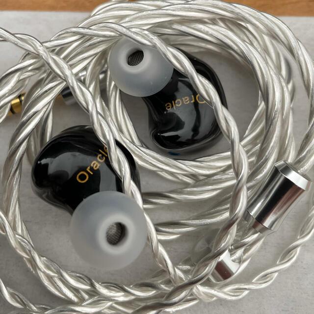 thieaudio oracle 4.4mm スマホ/家電/カメラのオーディオ機器(ヘッドフォン/イヤフォン)の商品写真