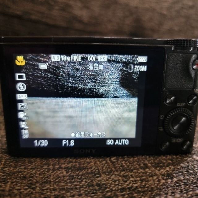 SONY(ソニー)のSONY RX100 スマホ/家電/カメラのカメラ(コンパクトデジタルカメラ)の商品写真