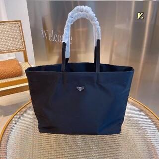 プラダ(PRADA)の6色送料込み、プラダPRADA買い物袋(置物)
