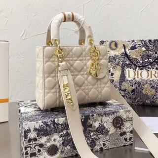 Dior - 9色可愛い人気ディオールDiorパック